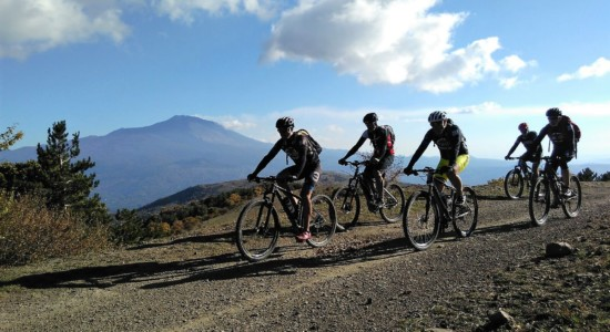 Hike and Bike Tour Etna – Sea