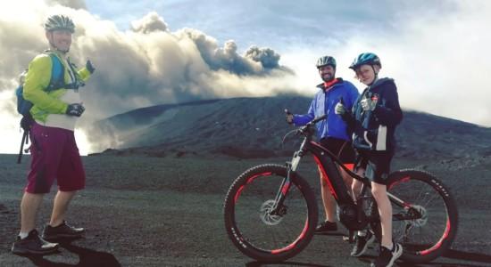 In cima all'Etna con le E-Bike