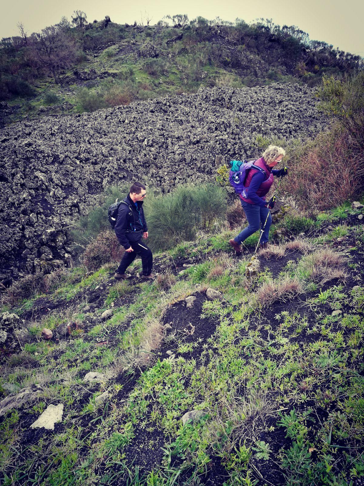 hike and bike Mount Etna