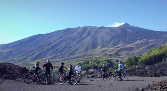 Alla scoperta dell'Etna in e-bike